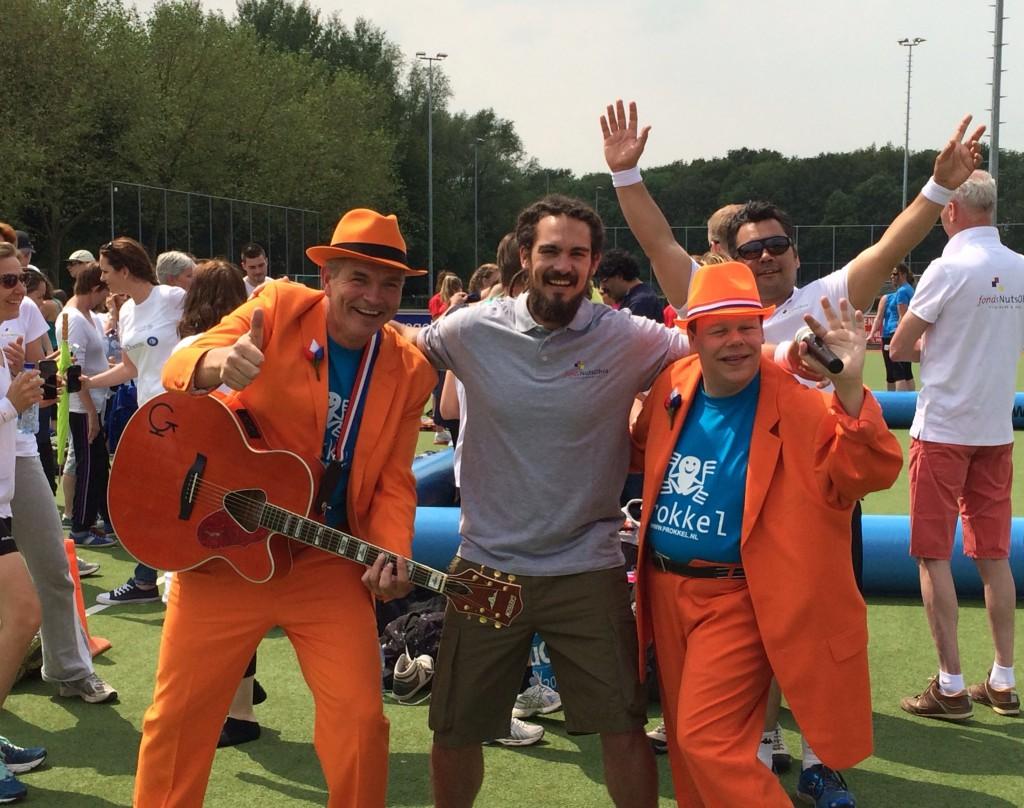 De Oranje Man met Dennie & Lenny van The Voice