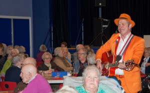 De Oranje Man  Blue Monday Rotary Doorn 2016 02