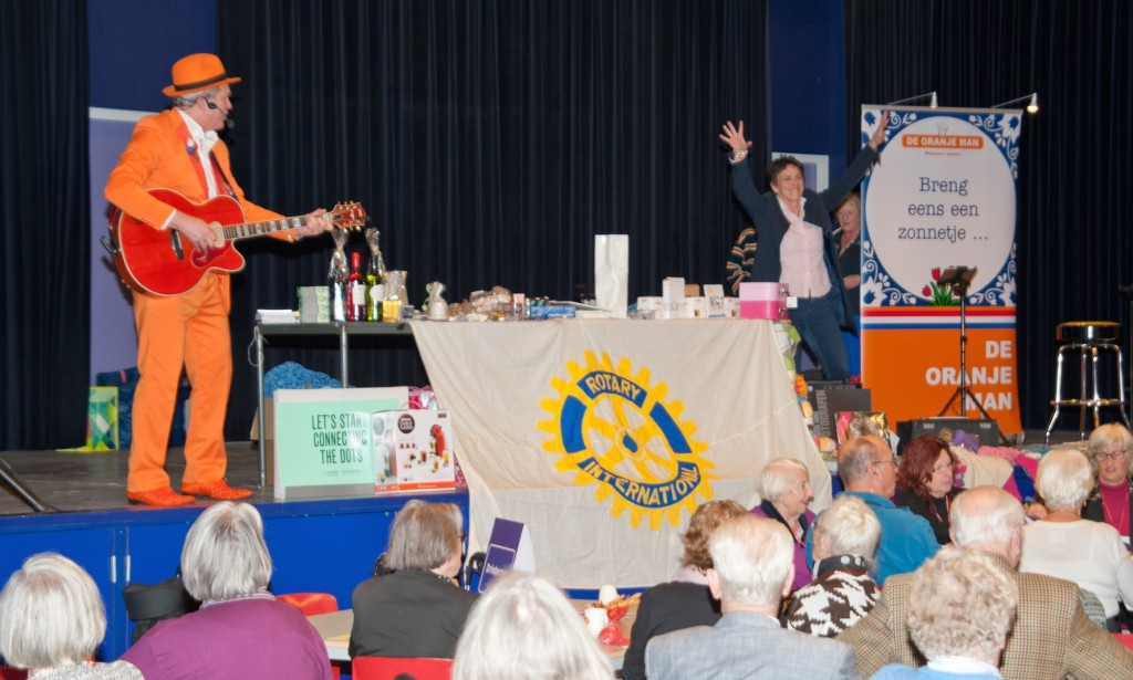 De Oranje Man  Blue Monday Rotary Doorn 2016 03
